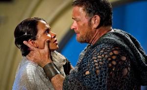 Pourquoi je ne pouvais pas jouer dans Gladiator à la place de Russell Crowe? Regarde moi!