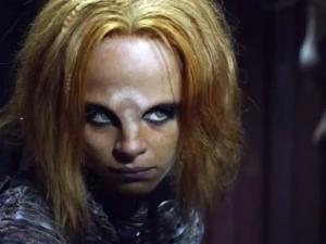 On peut faire aussi mauvais maquillages que Buffy en 2013. Si, si.